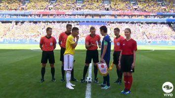 Sin James Rodríguez, Colombia juega con uno menos y pierde con Japón