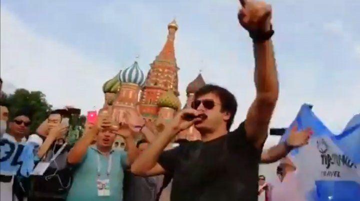 Ciro hizo delirar a los hinchas argentinos en la Plaza Roja