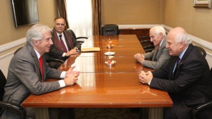 Buena sintonía. Lifschitz y Tabaré hablaron de geopolítica y economía.
