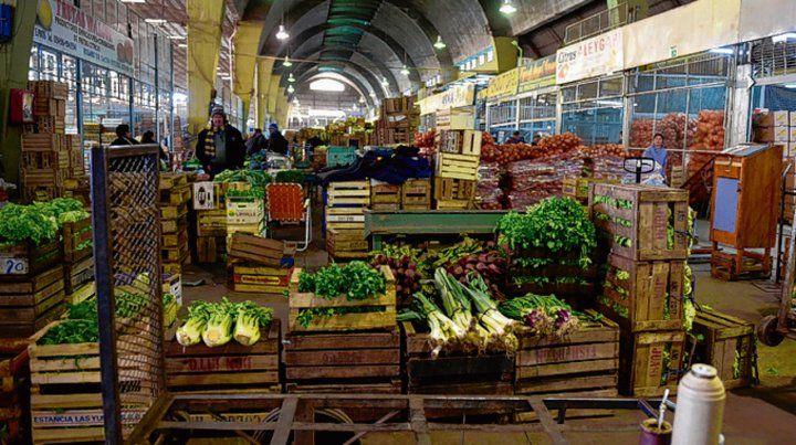 Inflación. La canasta alimentaria subió casi 25% en un año.