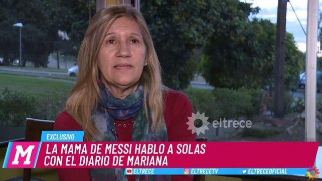 Duelen las críticas, lo hemos visto sufrir y llorar, dijo la mamá de Messi