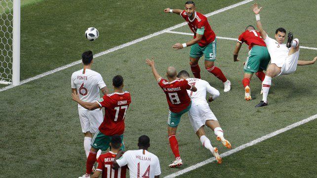 Otra vez apareció Cristiano y Portugal le ganó a Marruecos