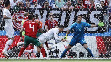 Otra vez apareció Cristiano y desde el inicio gana Portugal