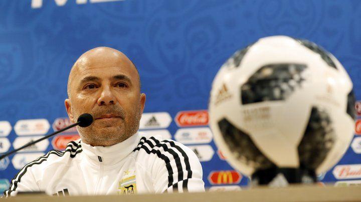 Sampaoli defendió a Messi y dijo que es un prócer