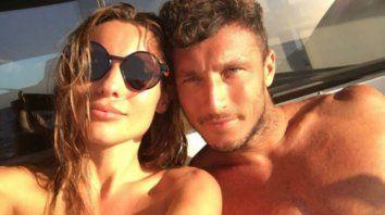 Pico se divierte en Ibiza y crecen los rumores de crisis con Pampita
