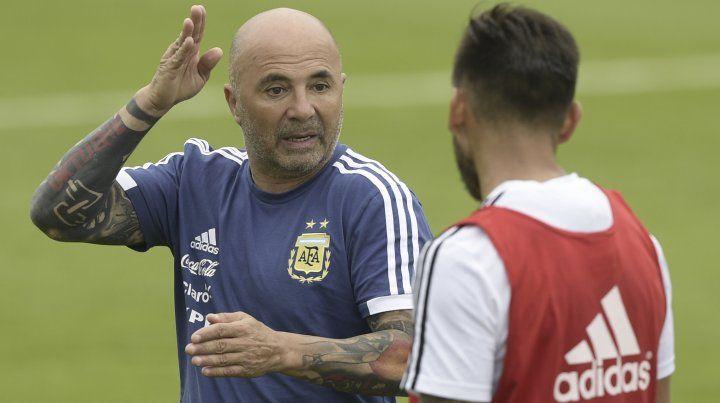 Enzo Pérez, de estar afuera de la lista de 23 a titular ante Croacia
