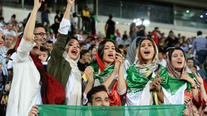 Las mujeres volvieron a la cancha en Irán