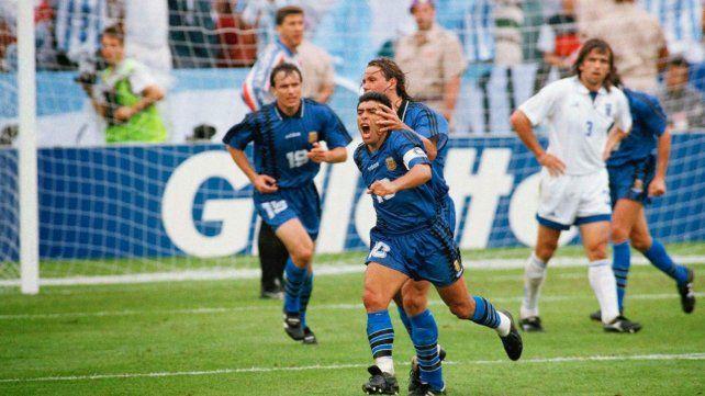 Maradona festeja su gol contra Grecia en el Mundial 94.