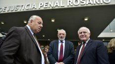 Gutiérrez, junto al ministro de Justicia y el gobernador, durante la inauguración del Centro de Justicia Penal.