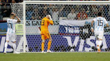 La inexplicable equivocación del arquero que le valió el gol a Croacia