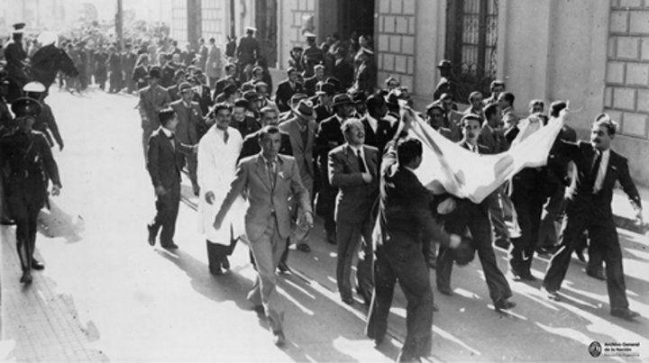 Una manifestación de estudiantes cordobeses en apoyo a la Reforma de 1918.