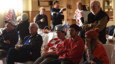Platea. Hijos ,nietos y bisnietos de croatas se dieron cita en el centro cultural de la comunidad para almorzar y disfrutar de un partido difícil de digerir para Argentina.