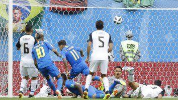 En la agonía del partido, Brasil ganó y armó una fiesta