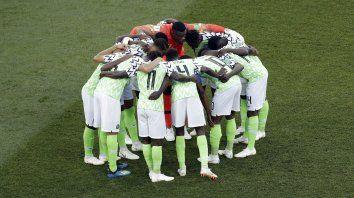 Nigeria ya juega con Islandia, en un partido que mira la Argentina
