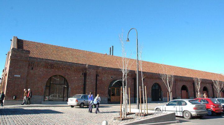 Vence la concesión de los galpones de la costa y piden que abran un museo ferroviario