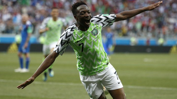 Dos de Musa, el mejor plato para que Nigeria venciera a Islandia y le diera aire a la Argentina