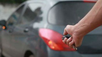 Alarma por la ola de robos de autos con inhibidores de señal en el centro de la ciudad