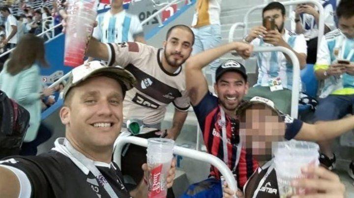Impunes. Los responsables de la salvaje agresión a dos hinchas croatas en el estadio de Nizhni Novgorod.