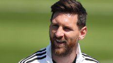 Vuelve a sonreír. Leo Messi, en una foto de hace unos días. Fue uno de los que celebró la victoria de los nigerianos ante Islandia.