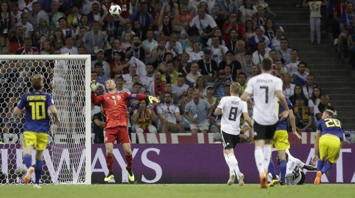 Alemania lo ganó en la última pelota del partido y respira