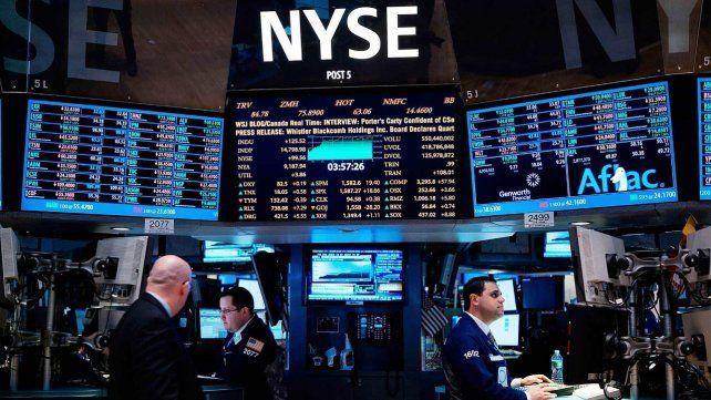 La Bolsa de Valores de Nueva York cerró con grandes pérdidas.