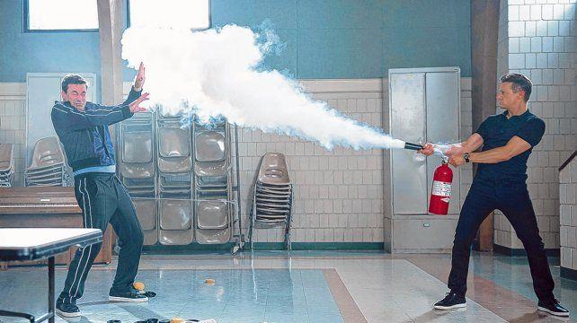 No me toques. Jon Hamm (Mad Men) y Jeremy Renner (Los Vengadores)
