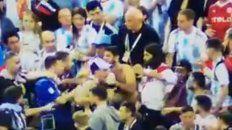 nuevo video muestra los golpes de un argentino a un croata