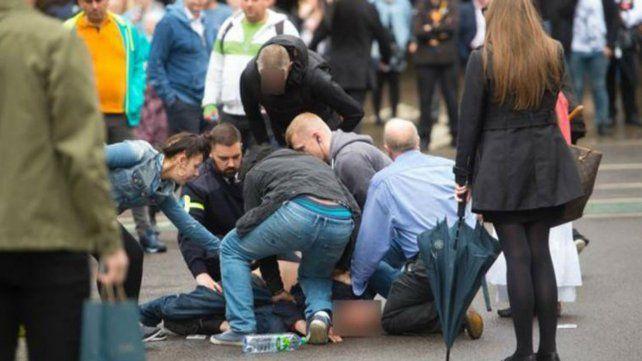 Un hombre atrapó a un ladrón y las fotos se viralizaron