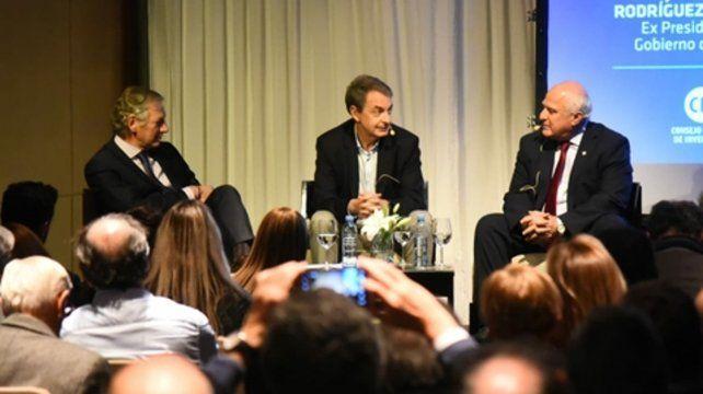 La charla de Lifschitz y Zapatero fue moderada por Longobardi.