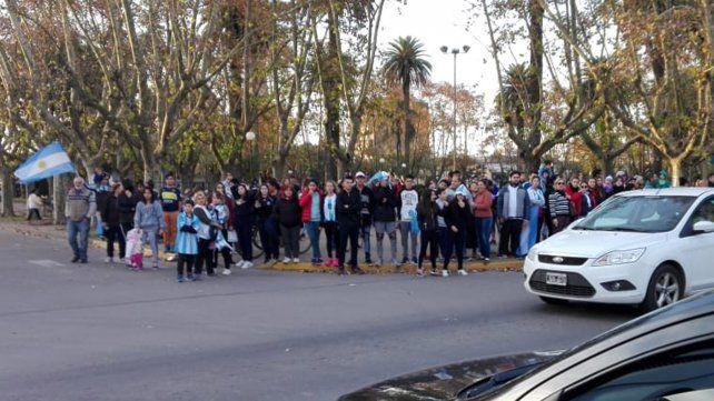 Festejos en Casilda tras el triunfo de Argentina sobre Nigeria.