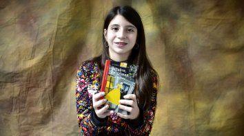 A Julia le gustan las historias de misterio como Octubre, un crimen.