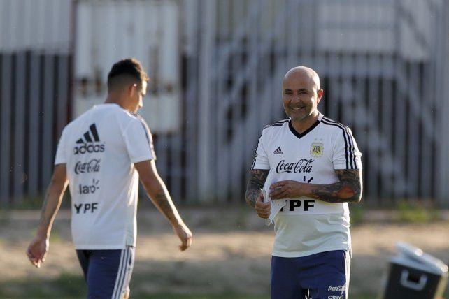 Un activo Sampaoli en un práctica argentina liviana