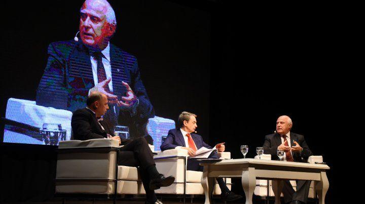 Lifschitz insiste con la necesidad de la reforma constitucional