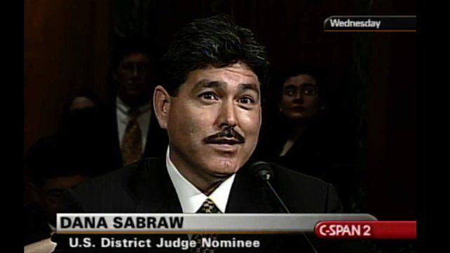 El límite lo impuso el juez Dana Sabraw.