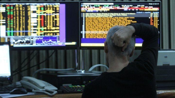 Incertidumbre. La euforia por el ascenso a mercado emergente duró poco. La Bolsa volvió a la realidad.