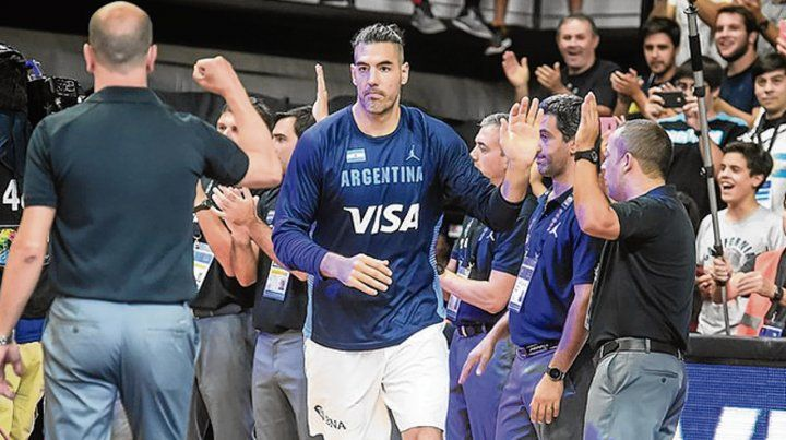Argentina   ante Panamá  con Scola
