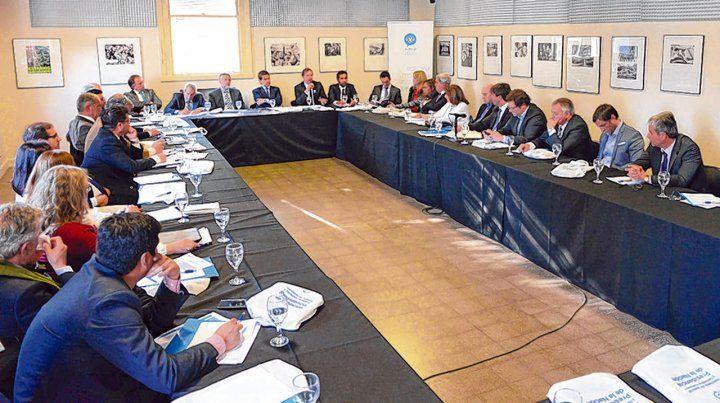 Mesas de trabajo. Fiscales de todo el país intercambiaron información con la coordinación de los ministros.