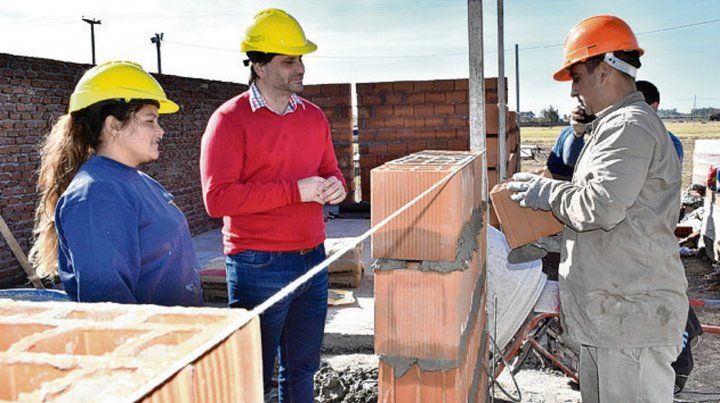 In situ. El presidente comunal supervisó en persona las obras.