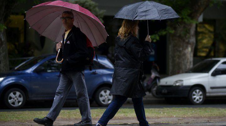 Se espera un fin de semana horrible: humedad bien arriba y lluvias hasta el lunes