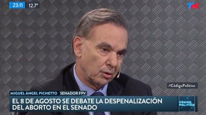 La Iglesia debería ser tolerante y comprender los cambios, dijo Pichetto