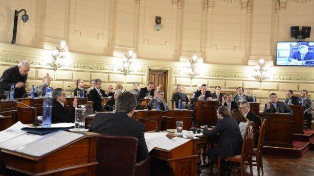 Cámara alta. Los ocho senadores del FPCyS aspiran a no repetir lo ocurrido en Diputados