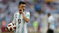 Ni en el cuarto. Messi, apenas terminó el partido. Ya jugó cuatro mundiales, pero nunca pudo ganar uno.