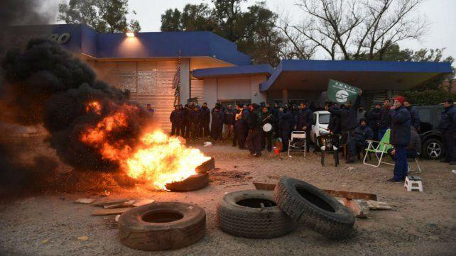 Smata protestó esta mañana en las puertas de Guerrero, de San Lorenzo.