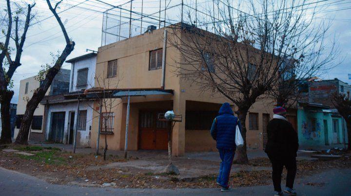 Virasoro y Alsina. En la cuadra los gendarmes encontraron vainas servidas y hubo un herido.