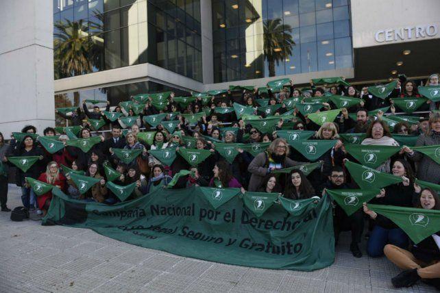 Pañuelazo de las trabajadoras judiciales a favor de la legalización del aborto