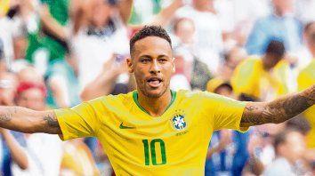 Toda una estrella. Como no podía ser de otra manera, Neymar da que hablar en Rusia 2018 por distintas razones. Lo más importante para Brasil y para el fútbol es que en el último partido apareció el crack.