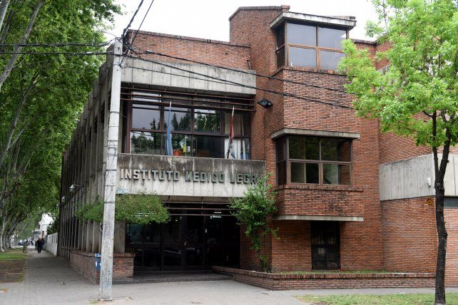 La autopsia del cuerpo de Eliana se realizó en el Instituto Médico Legal de Rosario.