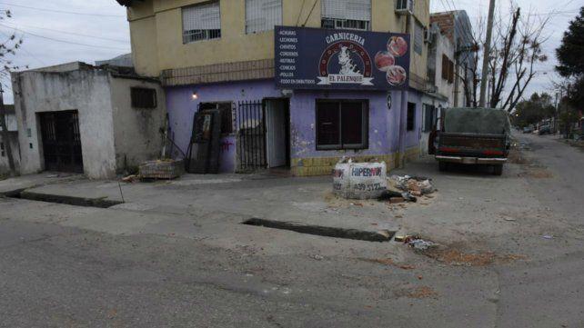 La vivienda que fue baleada anoche en Avalos y Larralde.
