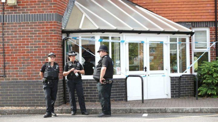 Vigilancia. Policías apostados en Amesbury