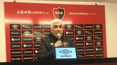 El director técnico de Newells, Omar De Felippe, confesó su preocupación por el rendimiento del equipo ante Vélez.